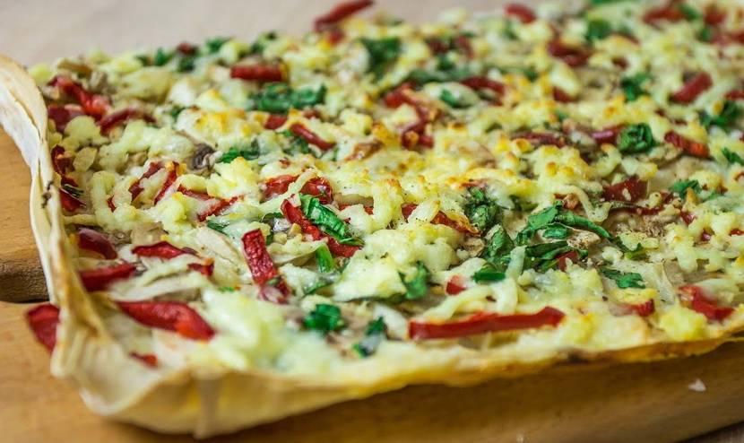 Пицца с сосисками и оливками - рецепт с фотографиями - patee. рецепты