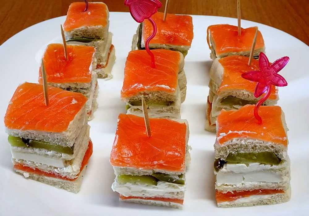"Овощи на шпажках а-ля ""сатэ"""