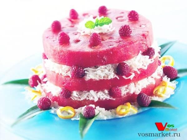 Освежающие десерты из арбуза: 7 простых рецептов
