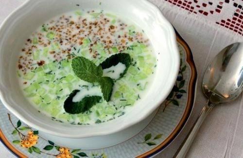 Суп таратор с йогуртом