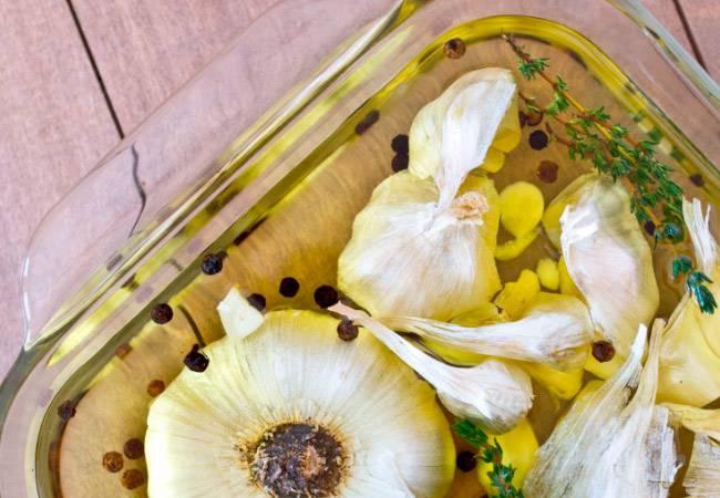 Чеснок и масло: рецепты и способы приготовление настоек на сливочном, растительном - подсолнечном елее с лимоном, медом, польза в лечении кашля, простуды, сосудов