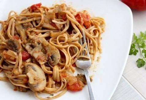 Макароны с грибами — паста с соусом из лесных грибов - рецепты джуренко