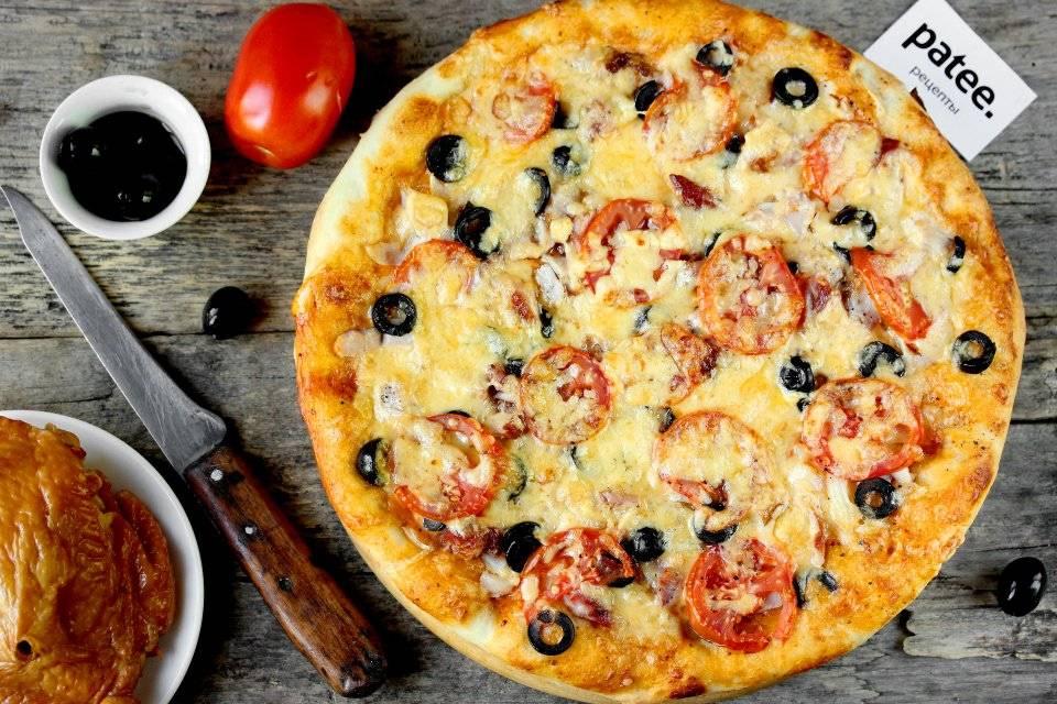 Пицца с копчёной курицей, помидорами и маслинами - рецепт с фотографиями - patee. рецепты