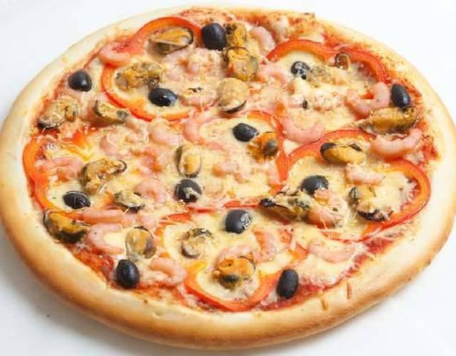 Пицца с мидиями: рецепт приготовления в домашних условиях