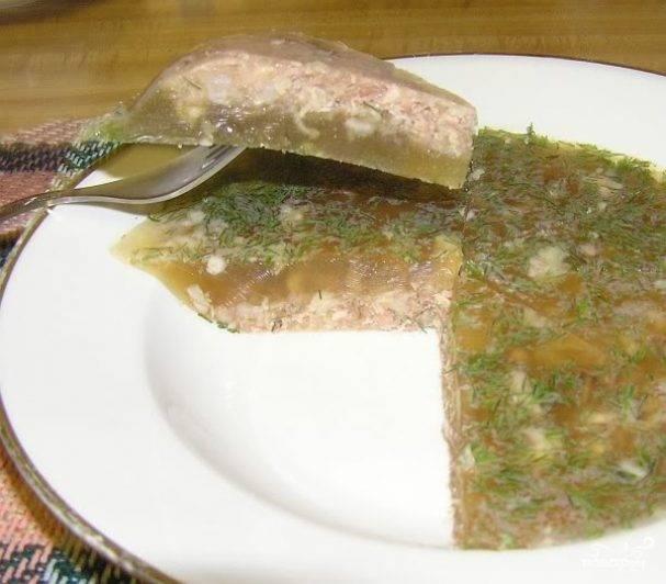 Холодец из свиных ножек и курицы — простые и вкусные рецепты приготовления