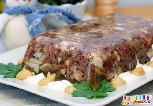 Холодец из свиных ножек - 7 лучших рецептов вкусного блюда