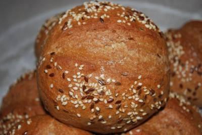 Хлеб с отрубями и тмином