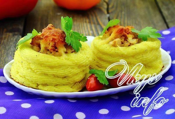 Картофельные гнезда с фрикадельками