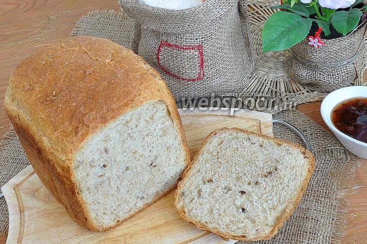 Хлеб с овсяными отрубями и семенами подсолнечника в хлебопечке
