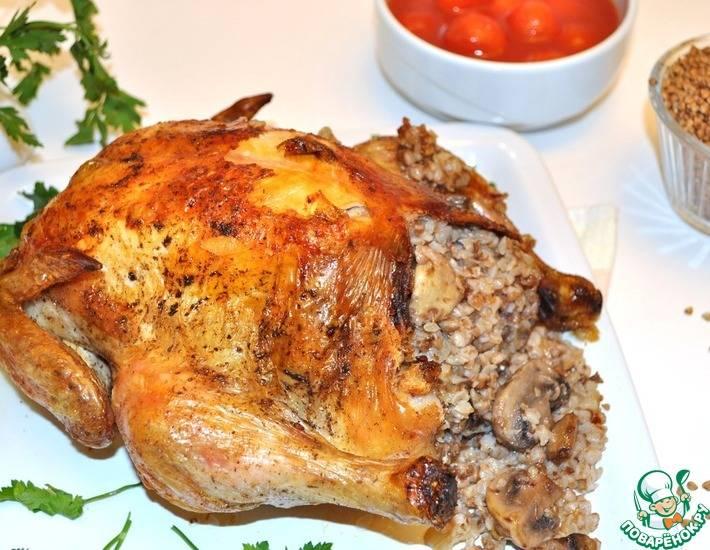 Фаршированная курица: 10 рецептов на праздничный стол |