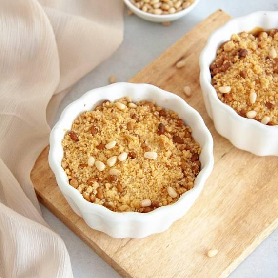 Английский пудинг из риса с изюмом