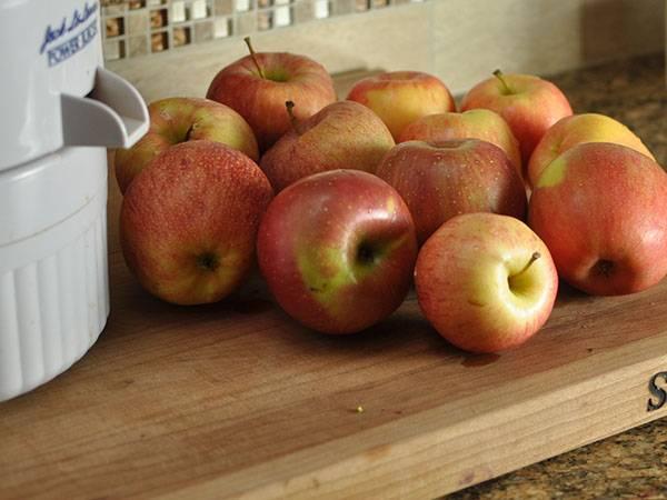 Как сделать сок из яблок в домашних условиях
