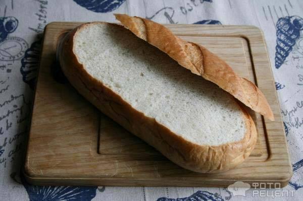 Фаршированный батон в духовке с сыром. бутерброды-рулеты с мясными изделиями и крыжовником. фаршированный батон с рыбными консервами