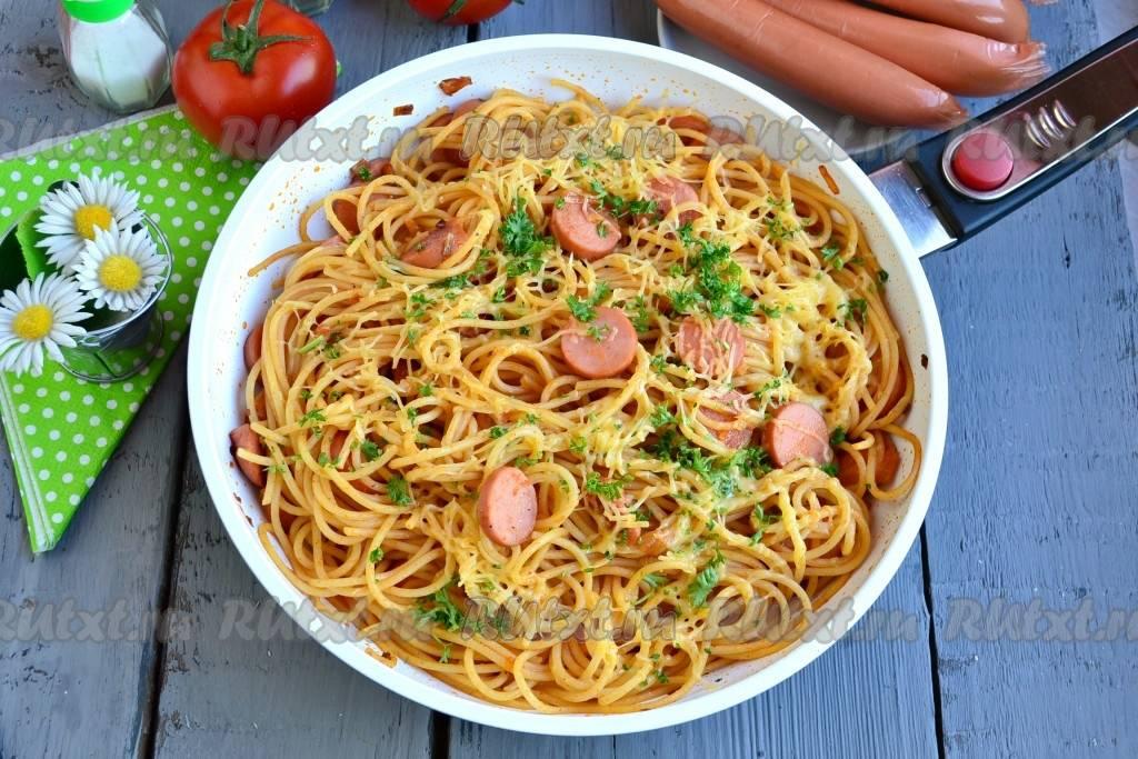 Макароны в сливочном соусе с чесноком