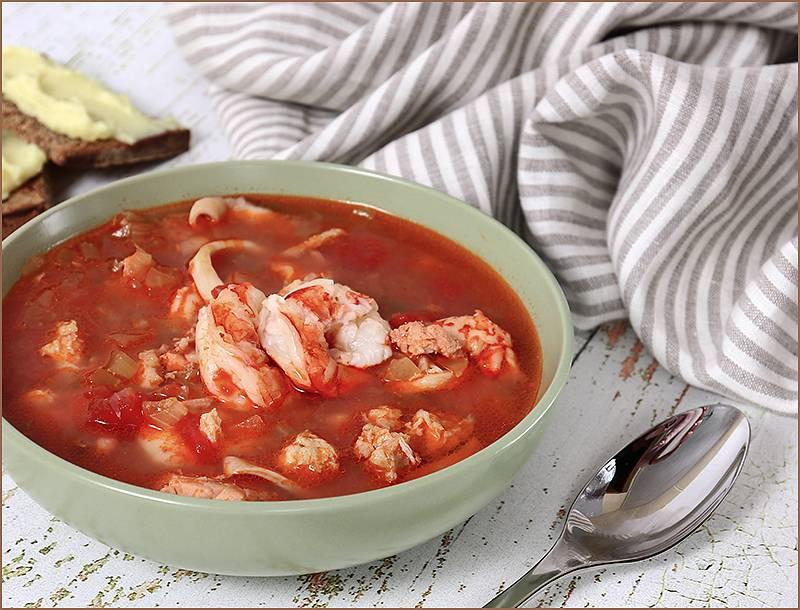 Французский рыбацкий суп из морепродуктов