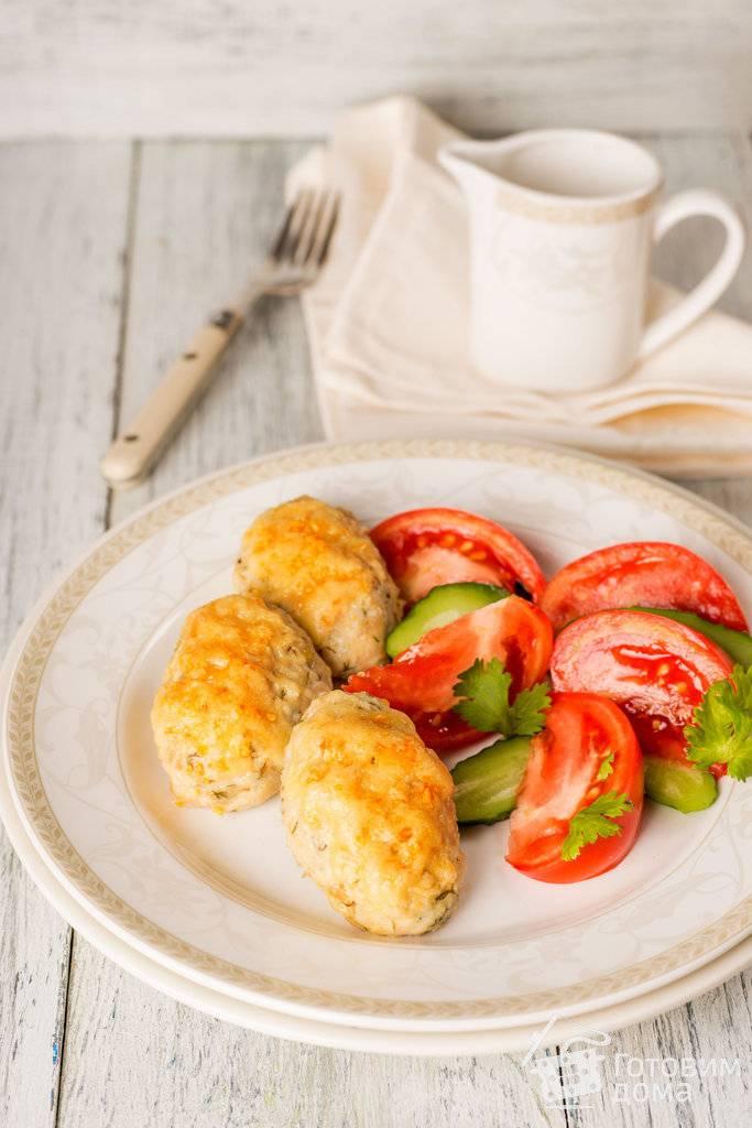 Куриные котлеты с сыром - очень вкусное блюдо с простыми и понятыми рецептами