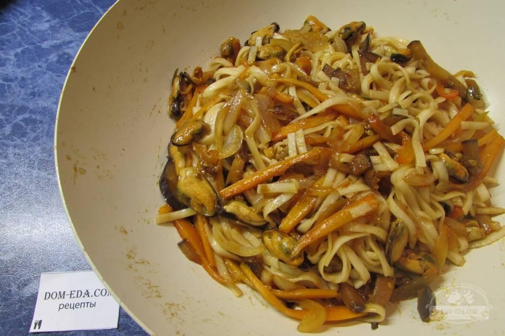 Удон с курицей рецепт  как приготовить лапшу с овощами в домашних условиях с фото