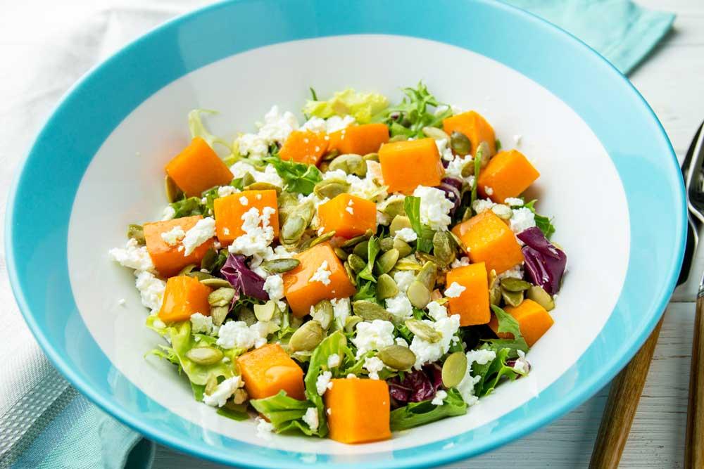 Вкусные салаты с творогом: диетические рецепты