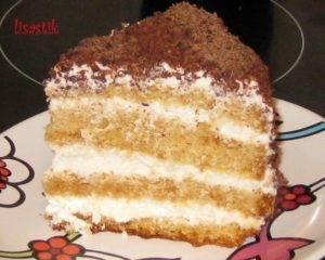 Торт бисквитный со сметанным кремом