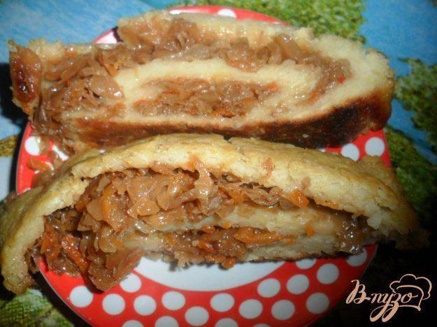 Картофельно-кабачковый рулет с грибами и брокколи