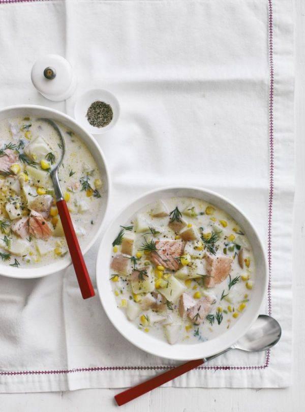 Чаудер - традиционный американский суп с лососем
