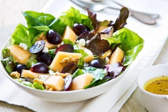 Салат с ананасами и курицей - 58 домашних вкусных рецептов приготовления
