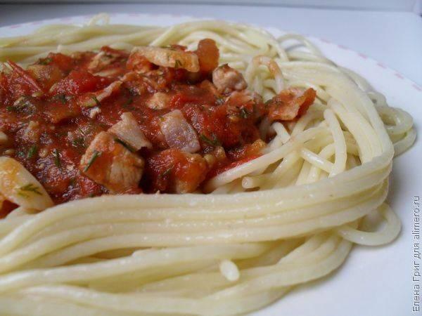 Паста с острым томатным соусом