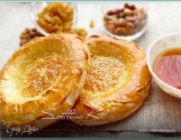 Лепешка на меду с кунжутом