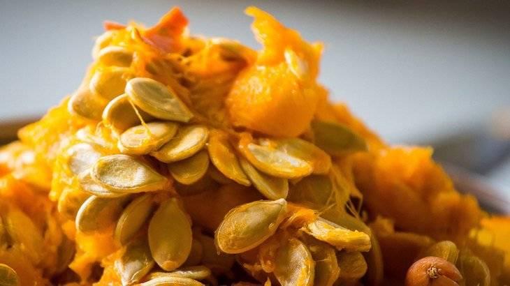 Тыквенные семечки: польза и вред для организма. как правильно принимать