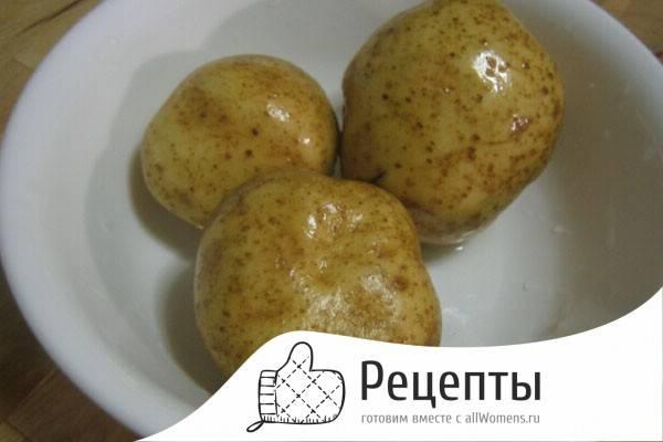 Как сделать печеную картошку в микроволновке