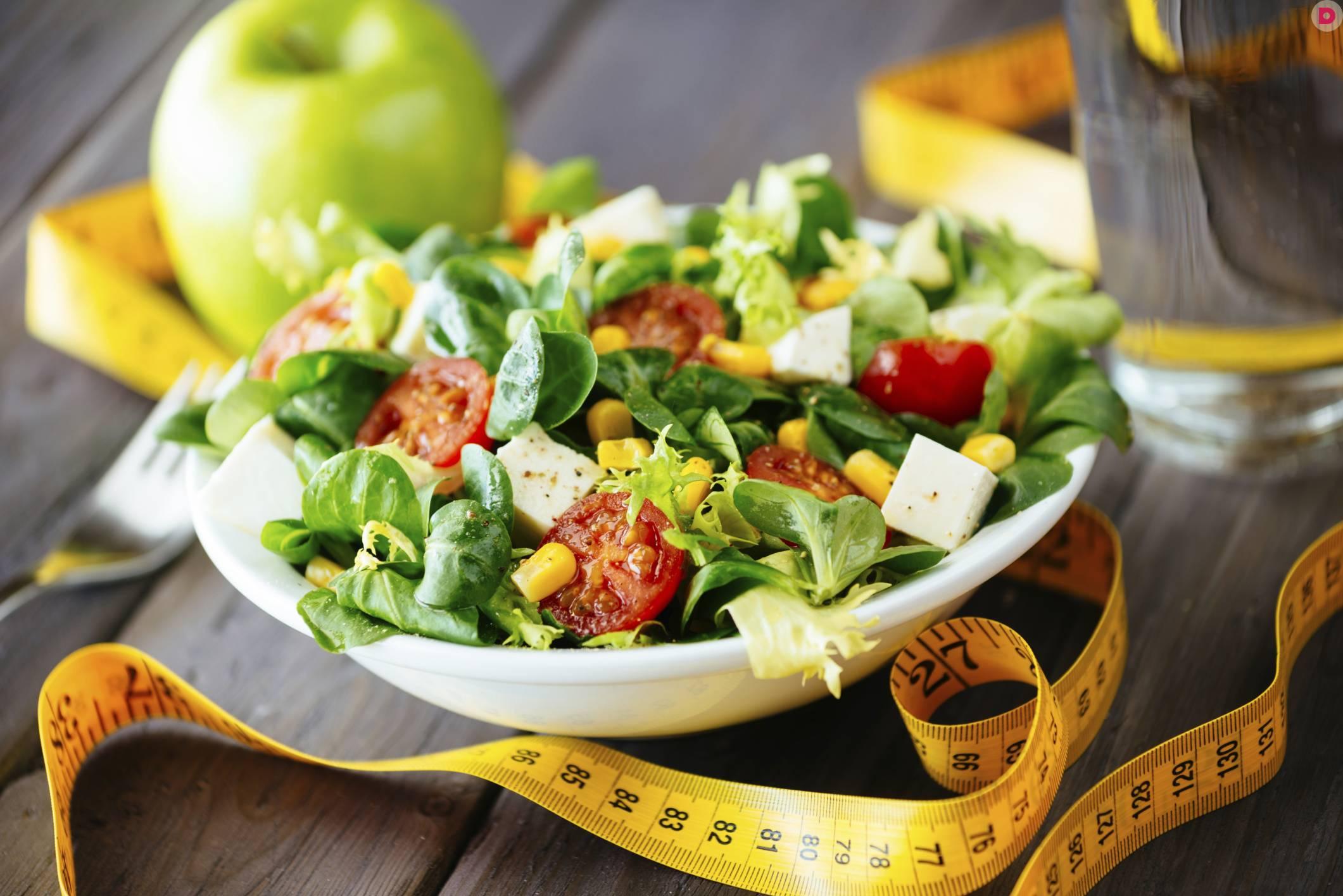 Морковно-яблочный салат - 5 пошаговых фото в рецепте