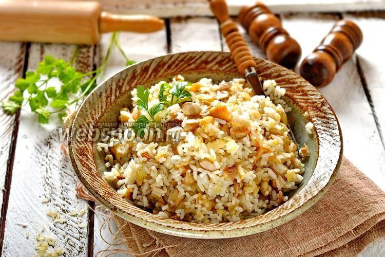 Пирожки печеные с рисом и грибами