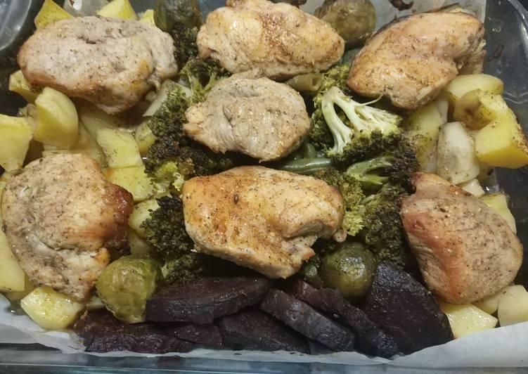 Грудка индейки запеченная в духовке с овощами в фольге
