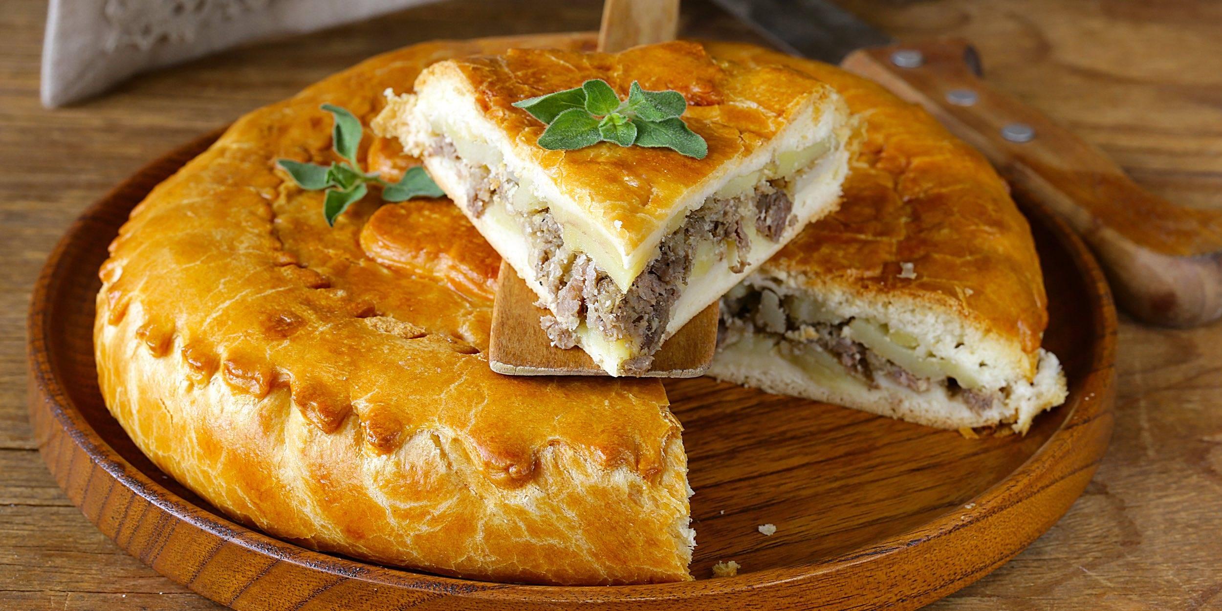 Мясной пирог с двойным дном