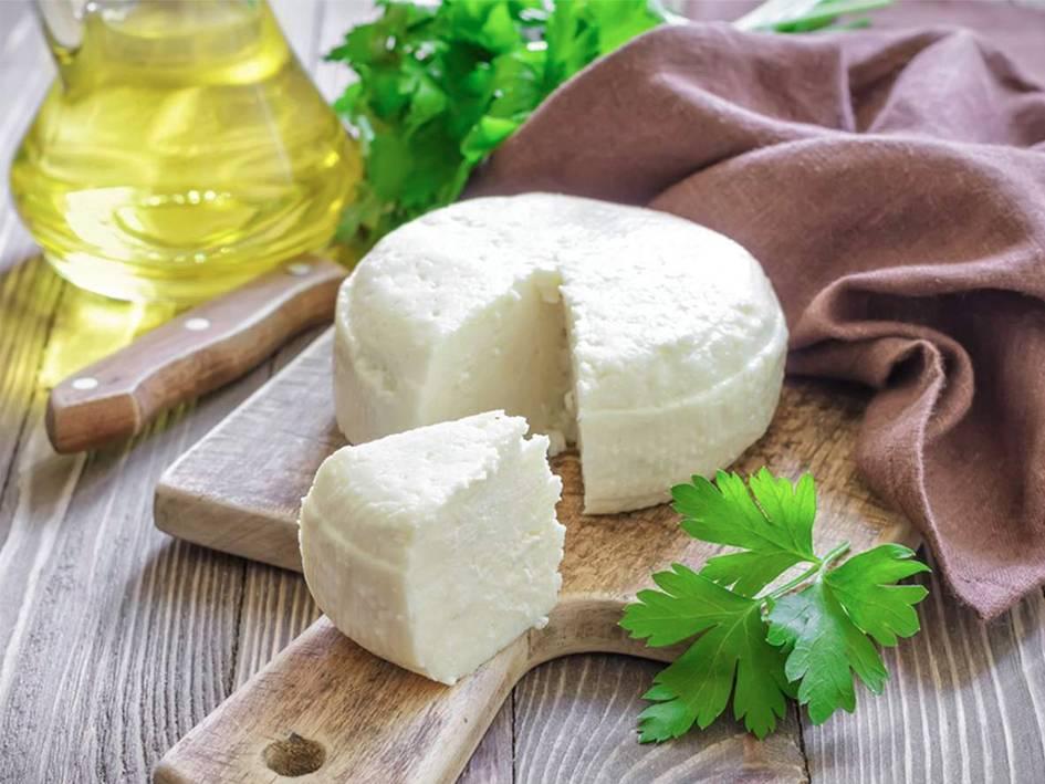 Адыгейский сыр - рецепты приготовления из молока, творога, кефира. из чего делают и как приготовить адыгейский сыр в домашних условиях?