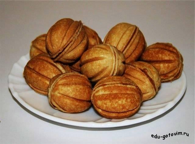 Орешки со сгущенкой – старый рецепт теста для печенья в орешнице