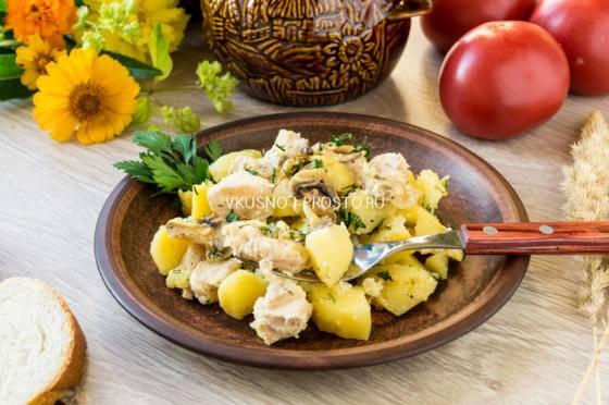Жаркое из говядины с картошкой в горшочках - 9 пошаговых фото в рецепте
