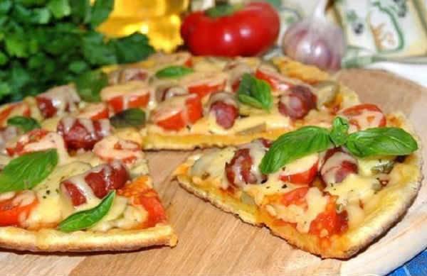 Как быстро приготовить вкусную пиццу из лаваша