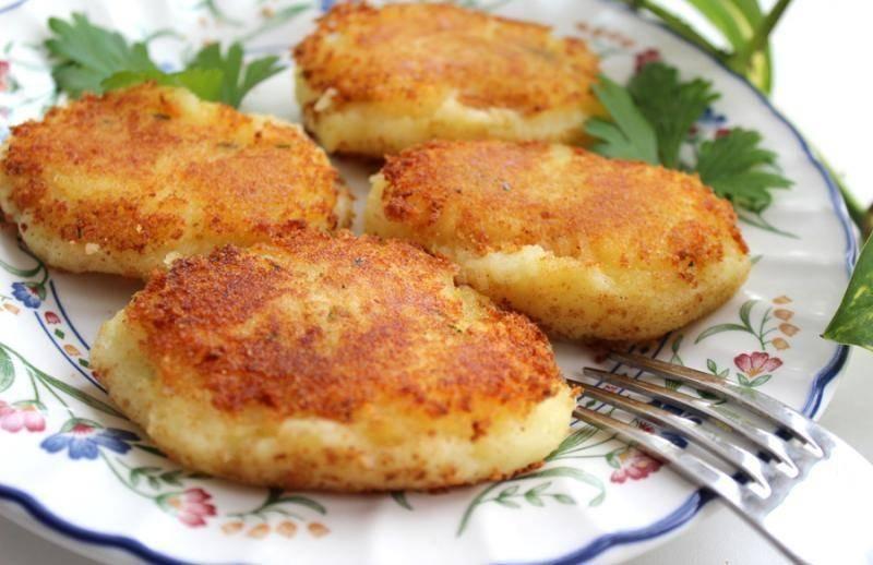 Сочные биточки с картошкой и сыром