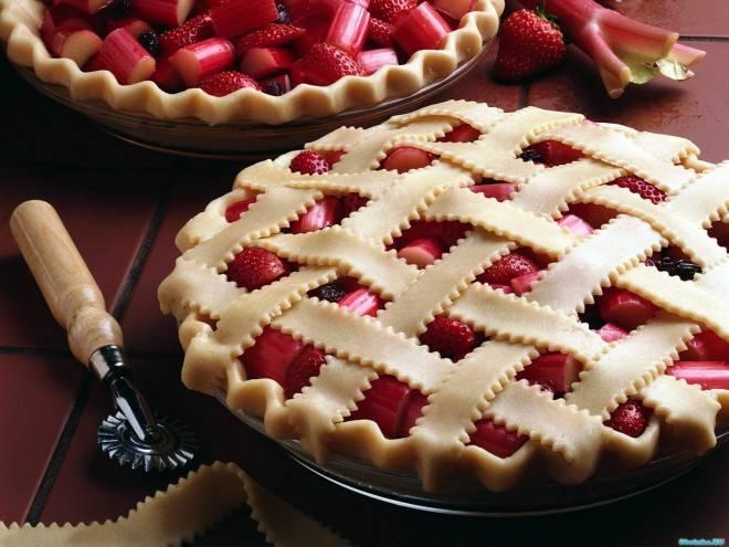 Пирог с брусникой - самые вкусные рецепты выпечки с ягодной начинкой