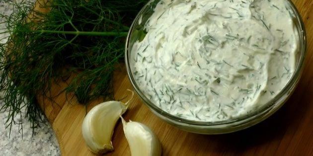 Соус из йогурта — для салатов и основных блюд