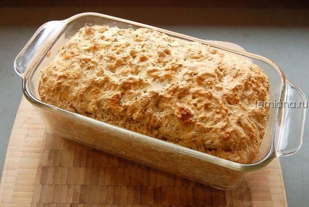 Хлеб на пиве из цельнозерновой муки с базиликом
