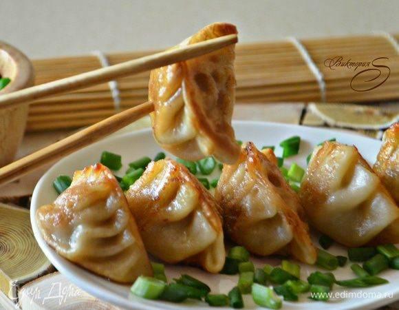 Как готовить китайские пельмени с капустой и фаршем