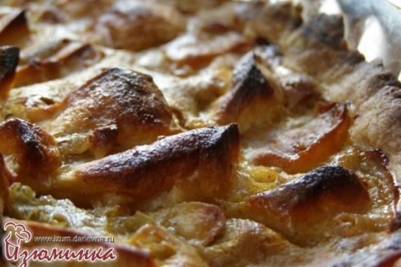 Пирог с яблоками с изюминкой