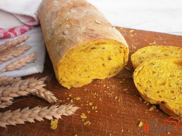 Серый хлеб с семечками