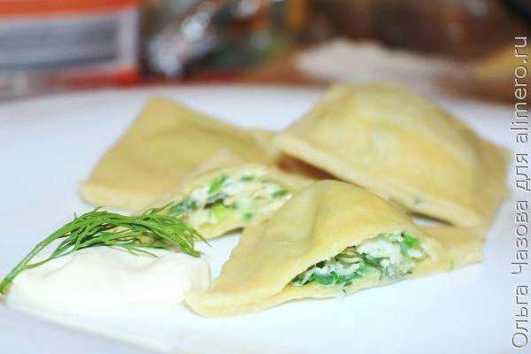 Домашние равиоли с сыром и зеленью