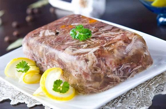 Холодец из свинины без желатина - 10 пошаговых фото в рецепте