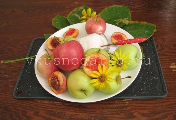 В цветах яблони черви: что делать