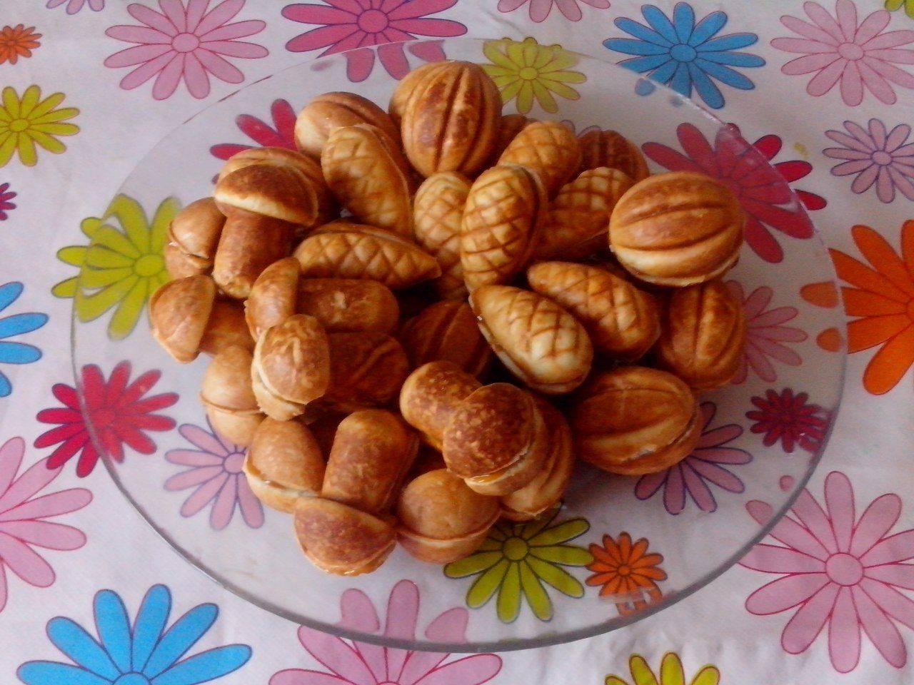 Пошаговый рецепт приготовления печенья «орешки» со сгущенкой
