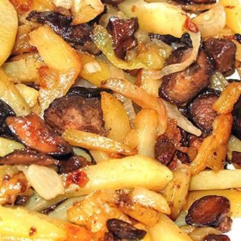 Как вкусно и быстро приготовить тушеную картошку с грибами?